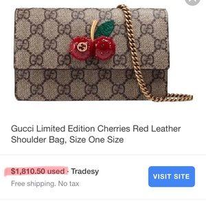 14ac9f5a5773 Gucci Bags - Gucci Supreme Cherry signature bag NWT
